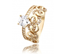 Золотое кольцо с фианитом (819)
