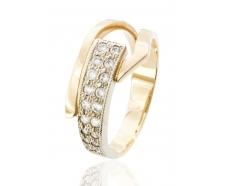 Золотое кольцо с фианитом (1136018)