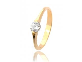 Золотое кольцо с фианитом (29б)